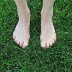 10 best benefits of walking barefoot on grass in the morning
